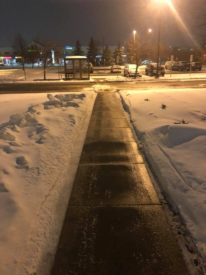 Valley Green and Associates Moorhead Minnesota Residential and Business clearing sidewalks of snow