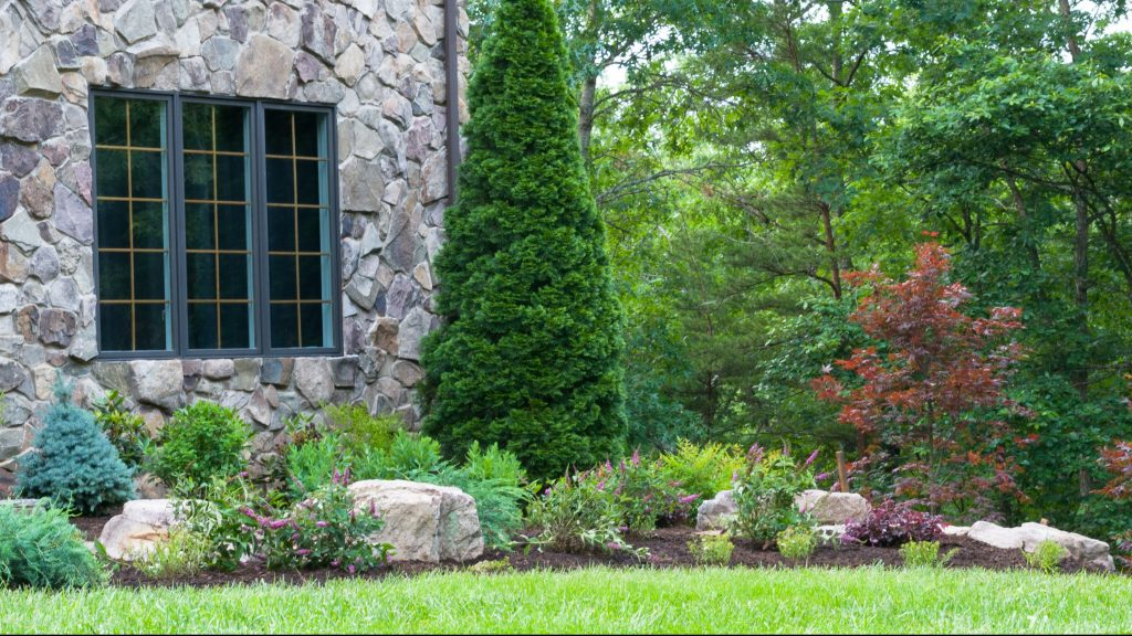 landscaping pruning and trimming Valley Green associates Fargo Moorhead Minnesota